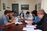 El Ayuntamiento y los centros educativos refuerzan su compromiso contra el absentismo y el fracaso escolar