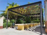 Instalado sombraje en la Plaza de la Ermita de Las Encebras a través de los Presupuestos Participativos