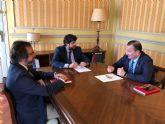 López Miras se reúne con el decano del Colegio de Abogados de Cartagena