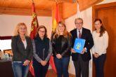 ACOMA y FANUMUR firman un convenio para aplicar descuentos en comercios a familias numerosas