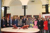 Trece docentes de la Universidad de Murcia toman posesión de sus cátedras y plazas de profesor titular