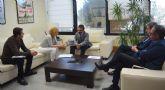 La alcaldesa de Campos del Río se reúne con el consejero de Fomento e Infraestructuras