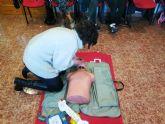 Protecci�n Civil y Cruz Roja enseñan a usar desfibriladores al personal de los Centros de D�a y Atenci�n Temprana