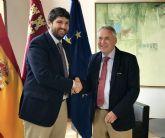 El presidente Fernando López Miras se reúne con el alcalde de Ojós
