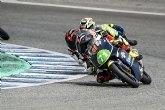 Carlos Cano roza el podio en su debut en Moto4