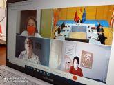 La integrante del Consejo Local de Infancia y Adolescencia de Calasparra, Alicia Moreno, participa en la reunión Semanal del Consejo de Gobierno