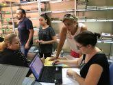 Más de 1.200 familias se benefician del banco de libros en Torre Pacheco