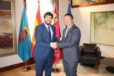 Fernando López Miras se reúne con la alcalde de Mula