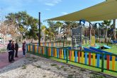 El parque Paco Rabal estrena toldos en sus zonas de juego infantil