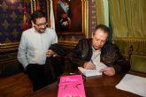 'Arde el trópico' llega a Mazarrón de la mano de Luís Marino y Soren Peñalver