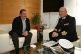 El alcalde mantiene una reunión institucional con el Delegado de Defensa en la Región de Murcia, el capitán de Navío, José Ignacio Martí Scharfhausen