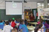 """Con el lema """"Aprendemos a valorar nuestro entorno"""" los escolares pinatarenses conocen su municipio"""