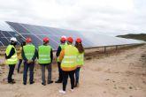 La planta fotovoltaica 'Pinilla Nexus' recibe la visita del alcalde y concejales del equipo de gobierno