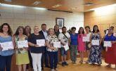 Un total de diez personas participan en el programa 'Camina entre telas' que promueve la Asociación Proyecto Abraham para impulsar su inserción sociolaboral