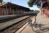 El alcalde propone que se reserve un vagón especial para el transporte de bicicletas en el servicio ferroviario de Cercanías en la línea Murcia-Águilas