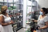 El banco de libros ayuda en el inicio de curso a 250 familias pinatarenses