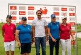 Rafa Nadal da sus primeros pasos tras la operación, en el Santander Golf Tour