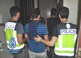 La Policía Nacional detiene a los autores de treinta y cuatro robos en el interior de vehículos en Alcantarilla