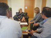 La alcaldesa de Campos del Río se reúne con la Consejera de Agua, Agricultura y Medio Ambiente