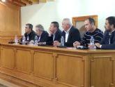 Pliego acoge una reunión institucional en defensa de los servicios públicos en los municipios pequeños