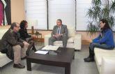 El consejero de Fomento se reúne con la alcaldesa de Beniel