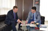 El alcalde y el director del aeropuerto reiteran el compromiso de colaboración entre ambas instituciones