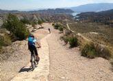 Medio Ambiente trabaja en la regulaci�n del uso de sendas para las actividades deportivas en Sierra Espuña