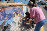 Concluye el primer grafiti sobre azulejo en mosaico en la localidad
