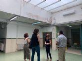Educación renueva la cubierta del lucernario del CEIP Santiago el Mayor
