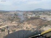 Efectivos del Infomur apagan un incendio de vegetaci�n en Totana