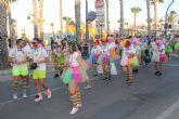 El desfile de carrozas cirra el programa de fiestas en honor a San Pedro