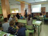 La Escuela Municipal de Familia arrancó el curso en La Manga con una charla sobre nutrición y hábitos saludables