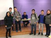 El escritor Luis Leante charló con los escolares del IES 'Salvador Sandoval' sobre su obra y su oficio