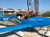Una veintena de niños disfrutan de paseos en avión gracias a la iniciativa Alas para un ángel
