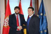 El presidente Fernando López Miras recibe al alcalde de Alcantarilla