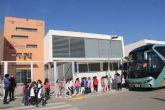 Escolares lumbrerenses aprenden a usar el autobús de forma segura