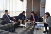 El alcalde aborda con el director general de Transportes, Costas y Puertos la mejora del transporte público en el municipio