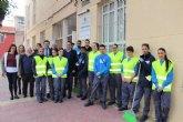 Quince jóvenes en paro de Alcantarilla se especializan en el sector de la limpieza con un programa de la Comunidad