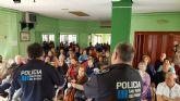 Policía Local imparte una charla en los Hogares de pensionista de San Pedro del Pinatar
