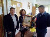 El Centro de Día 'José Moyá' recibe la visita del comandante del EVA-13