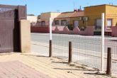 """Ciudadanos recoge las quejas vecinales y denuncia una nueva """"negligencia municipal"""" en la Plaza del Cerezo de La Palma"""