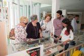 Una exposición rescata libros curiosos y curiosidades olvidadas por los lectores