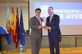Aidemar recibió anoche la Medalla de Oro de la Villa de San Javier