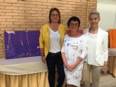 Ewa Blaut imparte un taller de pintura en San Pedro del Pinatar