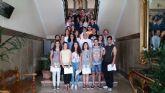Alumnos del IES Diego Tortosa reciben los premios del concurso de spots  'Lo importante es participar'
