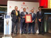 Tom�s Fuertes recibe el nombramiento de Colegiado Honor�fico de los economistas murcianos por su trayectoria que ha consolidado uno de los mayores grupos empresariales de España
