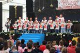 Los escolares pinatarenses cantan a la Navidad en el V Encuentro de Villancicos escolares