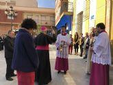 Los niños de Puerto Lumbreras realizan dibujos del obispo para la visita pastoral