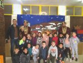Los niños de Puerto Lumbreras entregan sus cartas al Cartero Real un año más