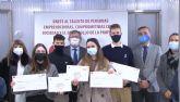 El Colegio de Economistas entrega el premio del 'I Concurso audiovisual sobre Educación Financiera' a alumnos de la Cooperativa Virgen del Pasico
